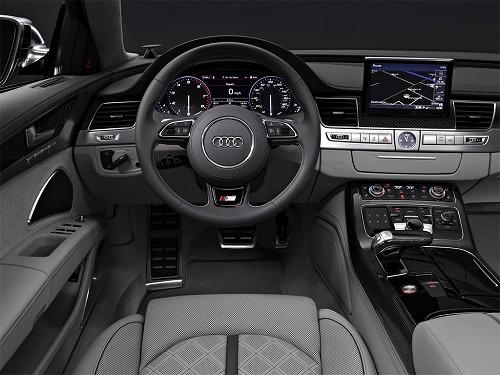 2013 Audi S8 4.0 TFSI-04.jpg
