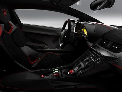 2013 Lamborghini Veneno-06.jpg