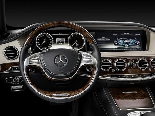 2014 Mercedes-Benz S-Class-08.jpg